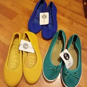 3 pairs of flats
